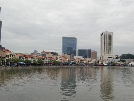 シンガポール川沿いの街並み.JPG