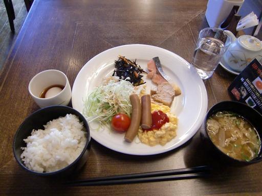 三沢シティホテル・朝食.JPG
