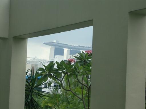 客室から見るMarina Bay Sands.JPG