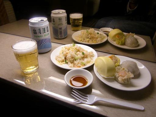 搭乗前の昼食.JPG
