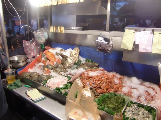 新鮮な魚介類も.JPG